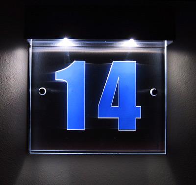 led hausnummer plexiglas gel nder f r au en. Black Bedroom Furniture Sets. Home Design Ideas